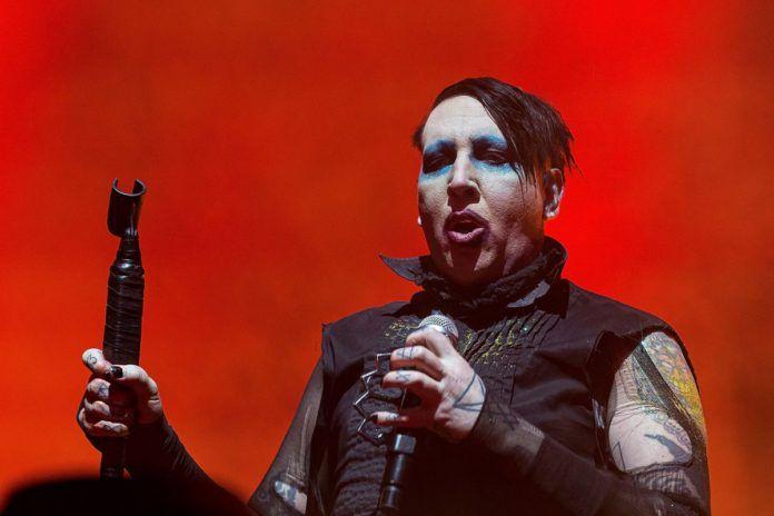 Marylin Manson oskarzony artysta z makijazem