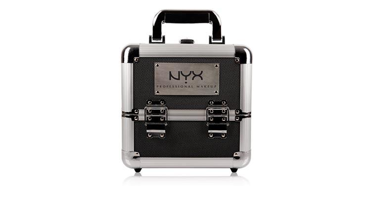 akcesoria do makijażu - case nyx
