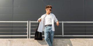 Moda męska na lato 2021. Jakie buty sprawdzą się na urlopie?