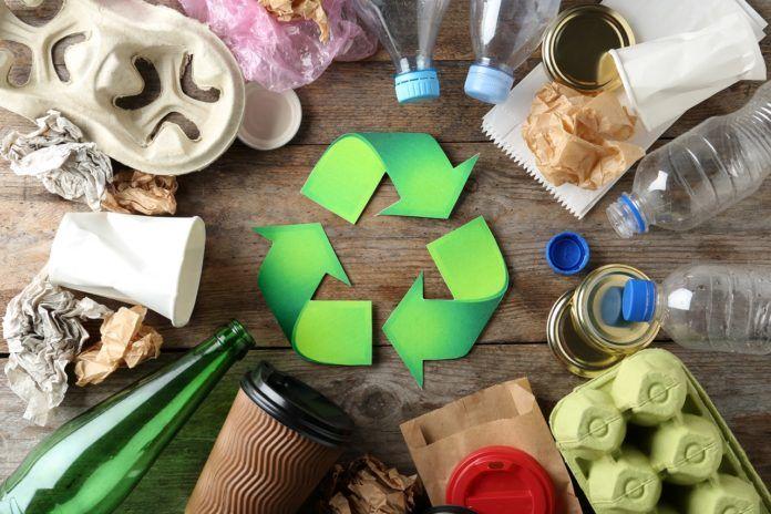 Recykling, upcykling i downcykling – jak odnaleźć się w świecie przetwarzania odpadów?
