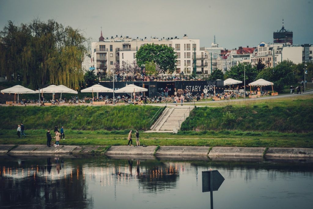 Stary port, ul. Estkowskiego Poznań lato 2021