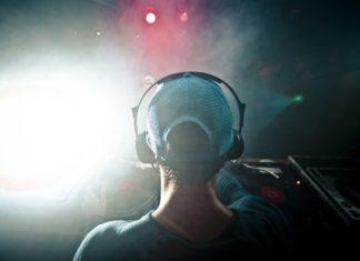 Słuchawki bezprzewodowe są gorsze od tradycyjnych